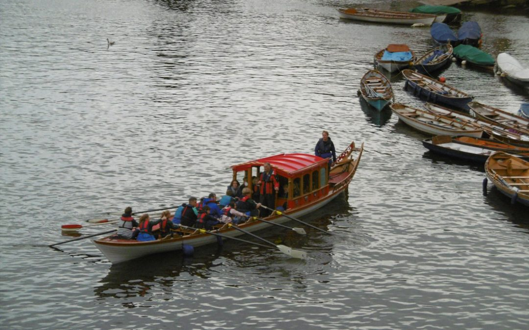 Fan Makers return to the River Thames
